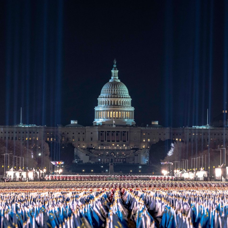 Vigiada, tensa e silenciada, Washington aguarda a posse do novo presidente
