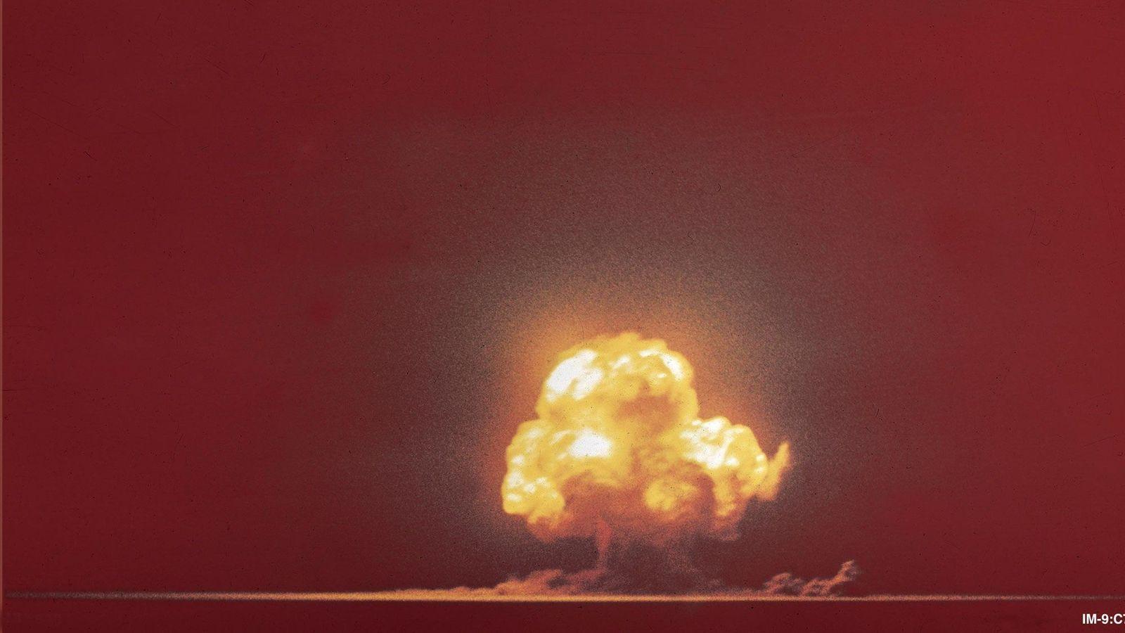 A primeira explosão atômica da história ocorreu em 16 de julho de 1945, em White Sands, ...