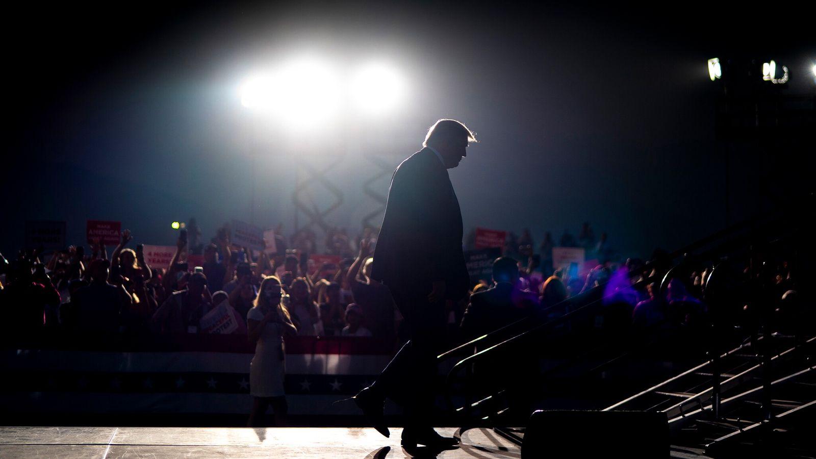 Presidente Donald Trump em um comício de campanha em Minden, Nevada, no dia 12 de setembro ...