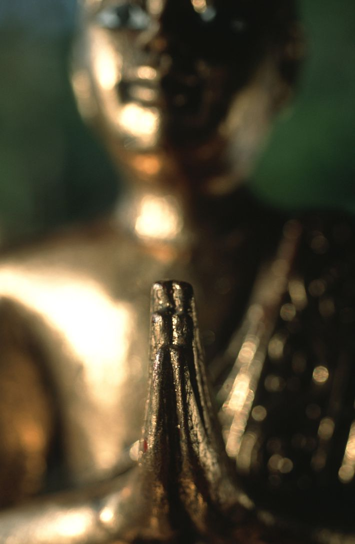 """O wai tailandês tem muitos significados além de um educado """"olá"""". Geralmente é utilizado em apresentações ..."""